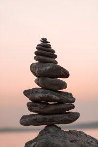pierre-equilibre